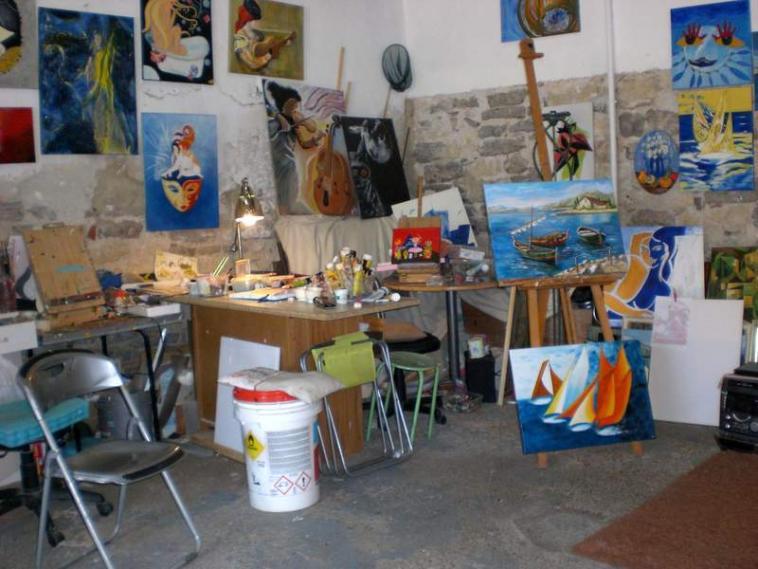 Photo atelier de l 39 artiste peintre - Atelier artiste peintre ...